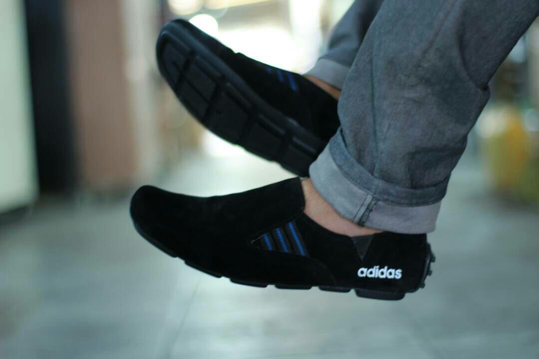 Promo Sepatu Casual Adidas Slip On Pria Murah  sepatu kulit kickers slop  pantofel 35dbf5dd55
