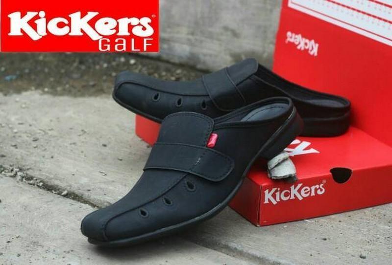 Sepatu Sandal Kickers Bustong Navona Kulit Sintetis Premium - Sepatu Sandal Pantofel Pria Kickers - Sandal Pria Slop