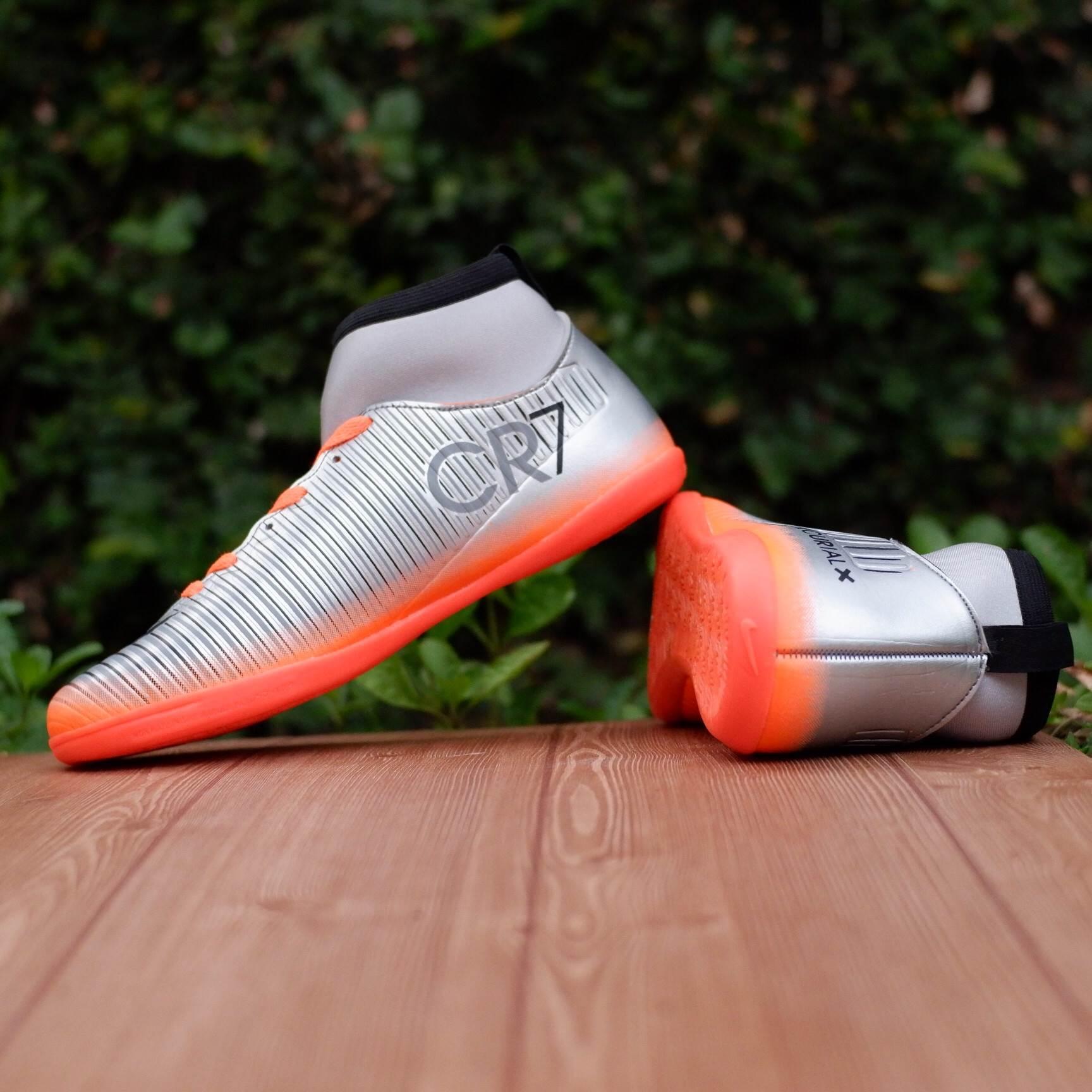 Sepatu style futsal CR7