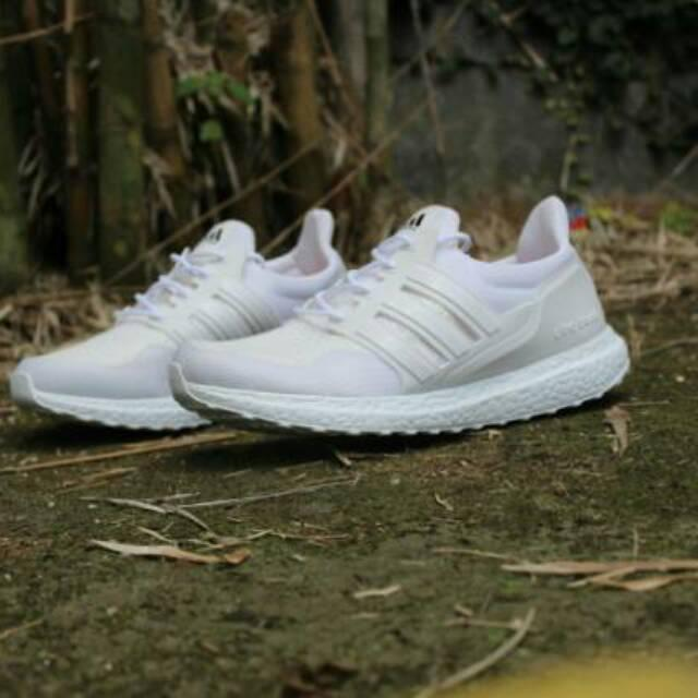 Buy   Sell Cheapest BEST SELLER ULTRABOOST Best Quality Product ... 7258b02c19