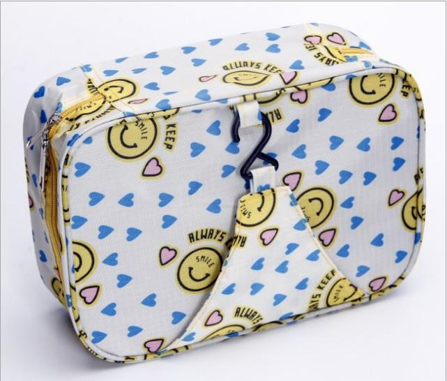 TB005 - Pattern Travel Toilet Organizer Bag (Tas Travelling Gantung)