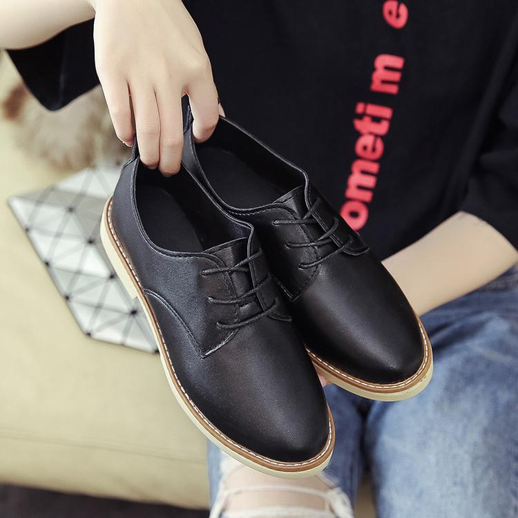 England women Shoes Harajuku Small Leather Shoes women 2018 Spring New  Style Shoes Versatile Flat Soft 2e21624f8515
