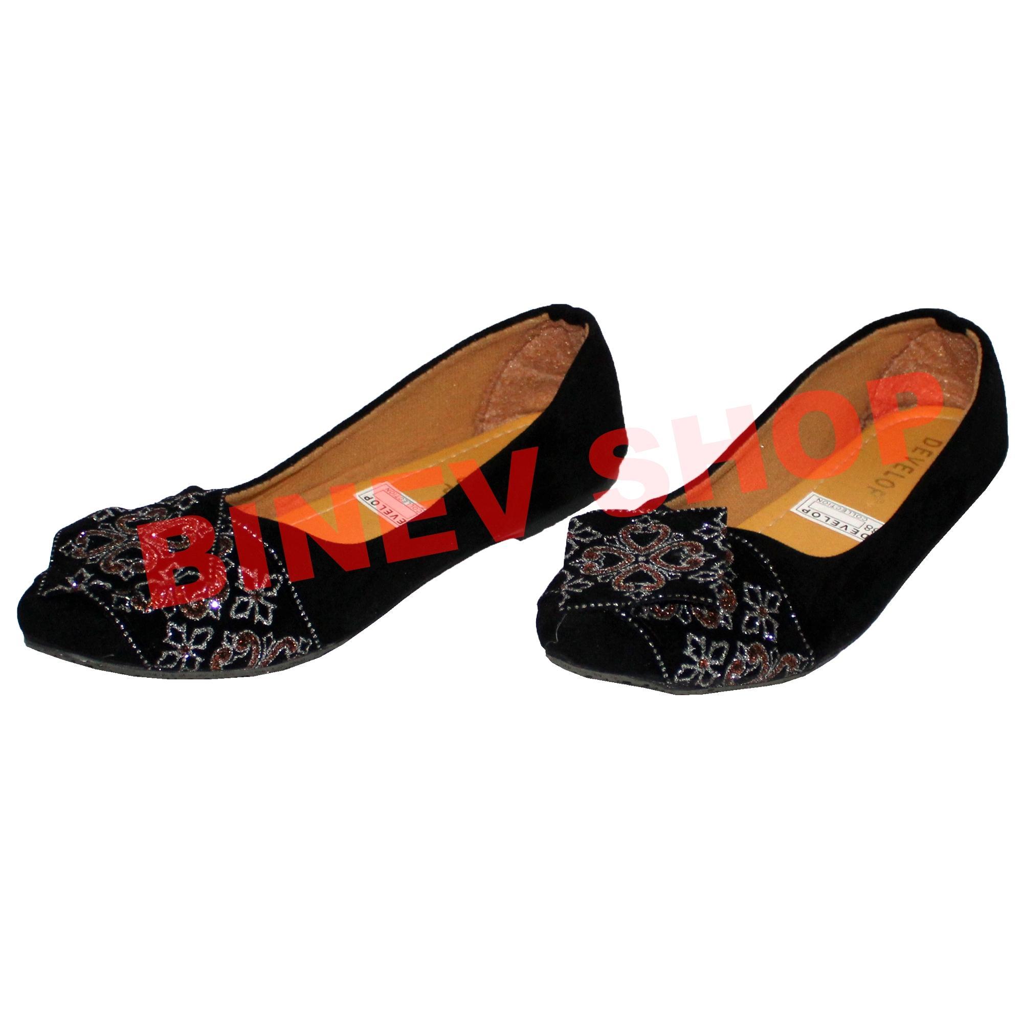 Binev Sepatu Slip On Wanita 36 - 3 .