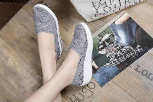 ... Sepatu wanita sneakers/Sepatu wanita flat/Sepatu wanita wedges/Sepatu wanita heels/
