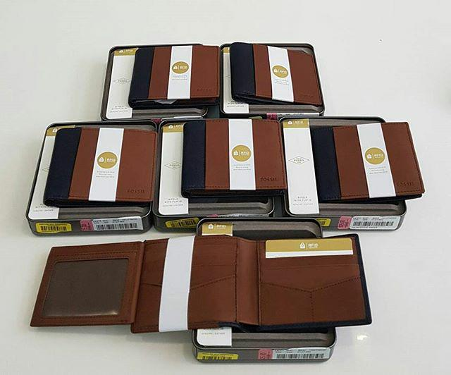 Dompet Fossil Man Wallet With Tinbox Brown Black Leather Ori