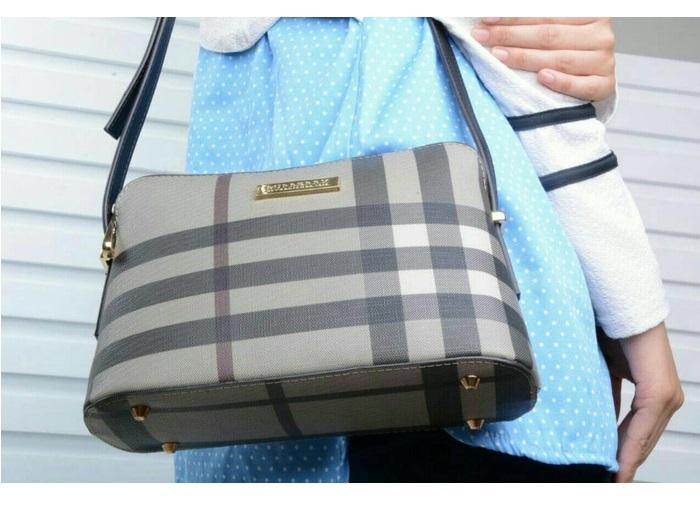 TAS Fashion Wanita TERBAIK / Tas Hand Bag IMPORT MURAH / TAS BRANDED / Tas Burberry Selempang 2068 ORIGINAL