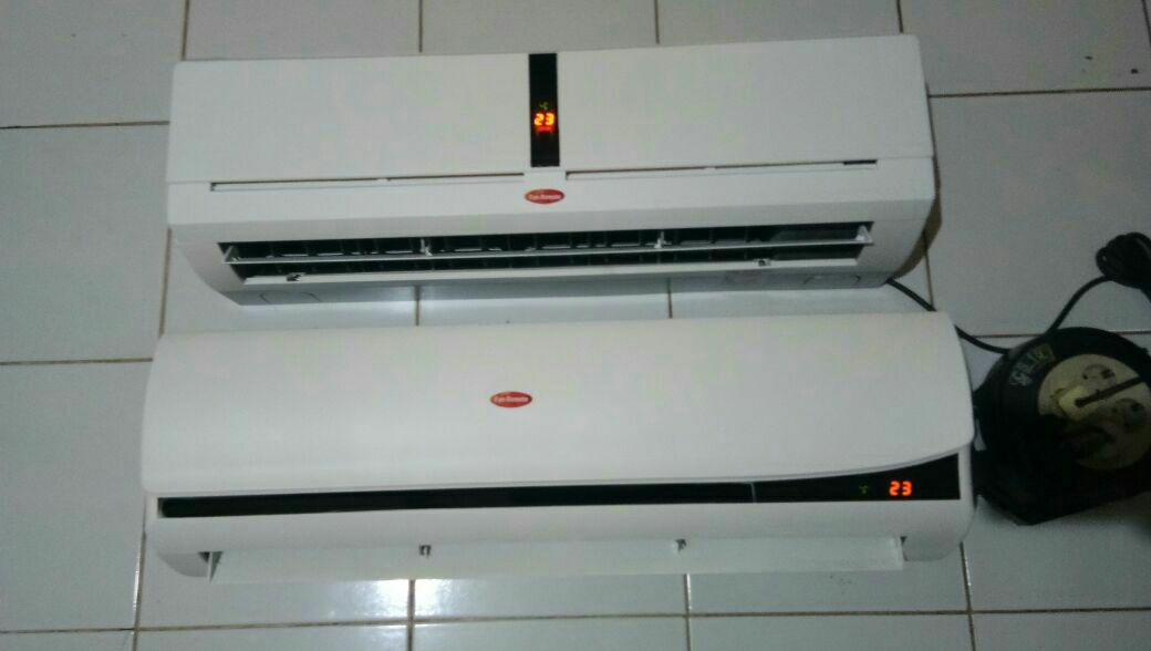 Kipas angin model ac 2pk remote