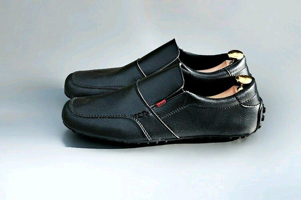 Promo Promo Sepatu Kickers Slip on pantofel Hitam - Sepatu Casual Formal - Harga Murah Kualitas bagus - tanpa box Diskon