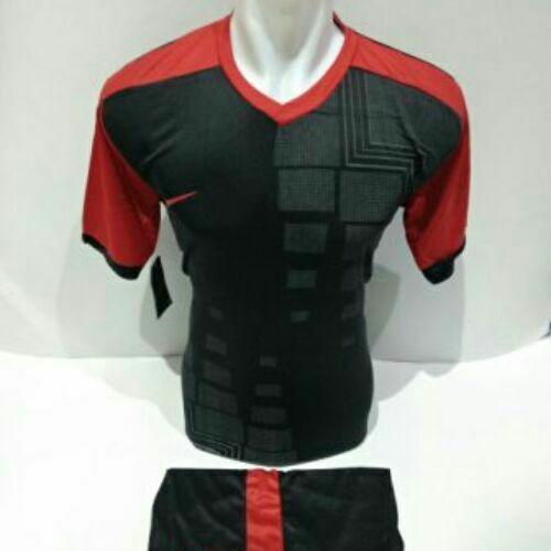 Baju Kaos Olahraga Jersey Setelan Bola Futsal/Volly NK 17 Hitam Merah