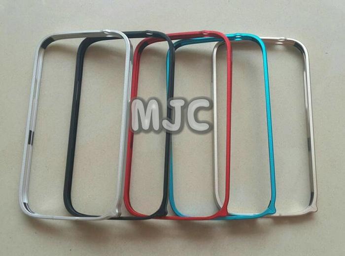Bumper Metal Besi Alumuniu. Samsung Grand Duos / Neo / Neo Plus