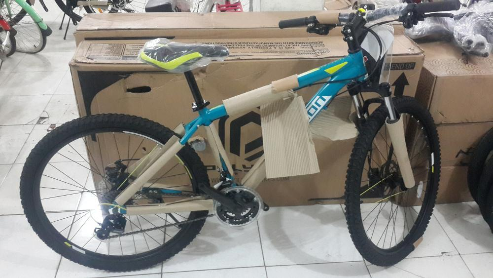 Polygon Monarch four 4 - sepeda gunung mtb