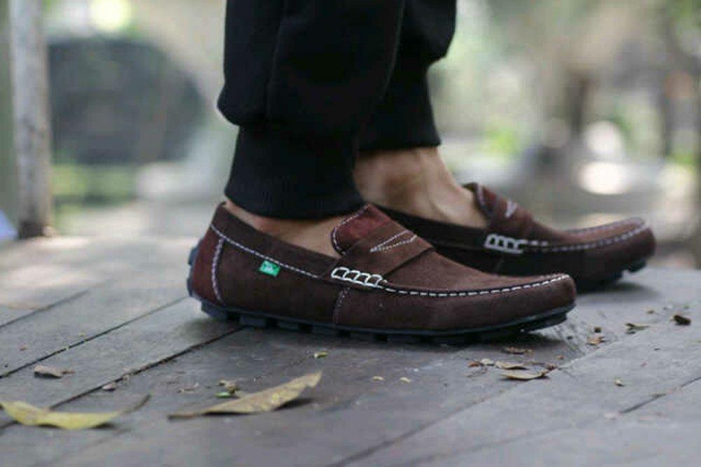 Promo sepatu kickers slop kulit suede pria murah,casual, slip on, net tv,rcti,diskon,top best seller Diskon