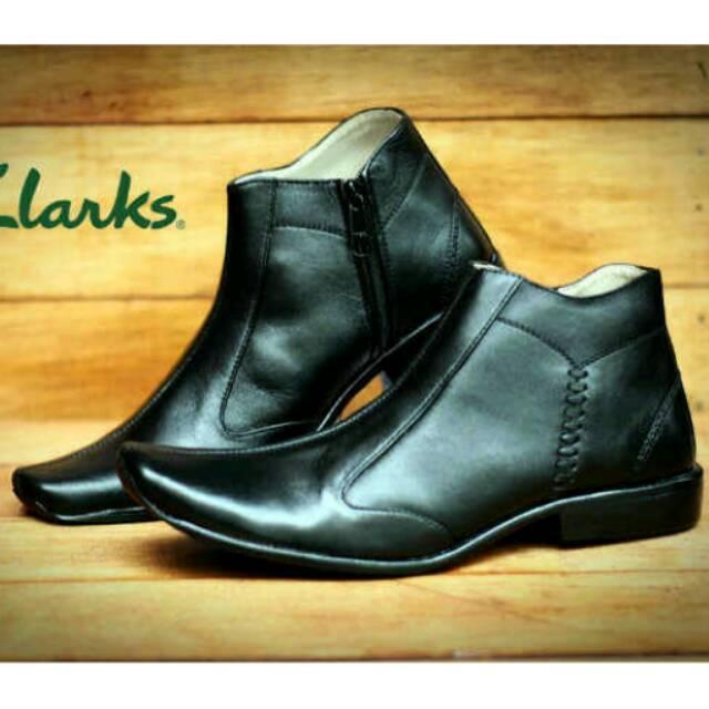Sepatu Boot Clarks Pantopel Pria Resleting Formal Kerja Kantor Zipper Boots Pesta Hitam Cokelat Kuli