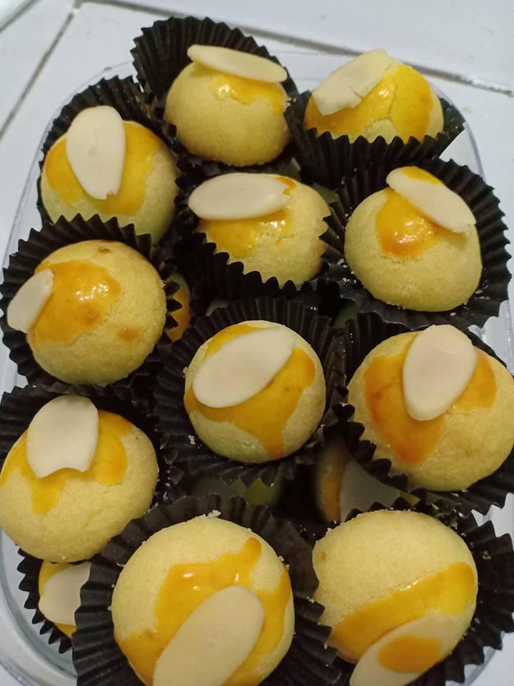 Kue Nastar Selai Nanas Topping almond slice Special HomeMade Enak Halal Tanpa Pengawet