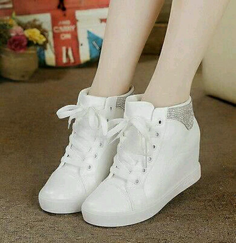 Fasna Sepatu Boots Wanita Korea Murah - Putih