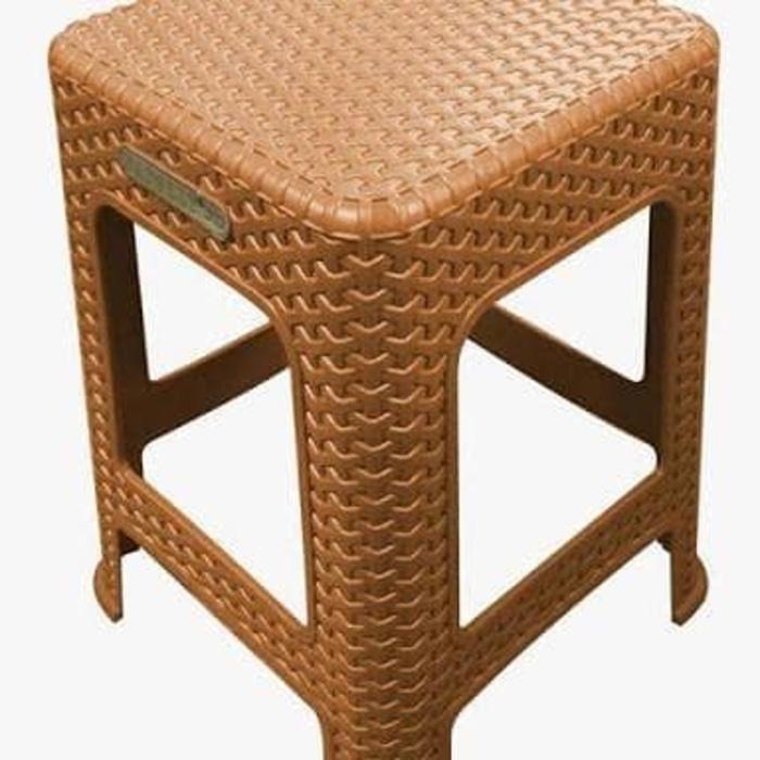 TERLARIS Kursi Plastik Kursi Cafe atau Bangku motif rotan 7 warna