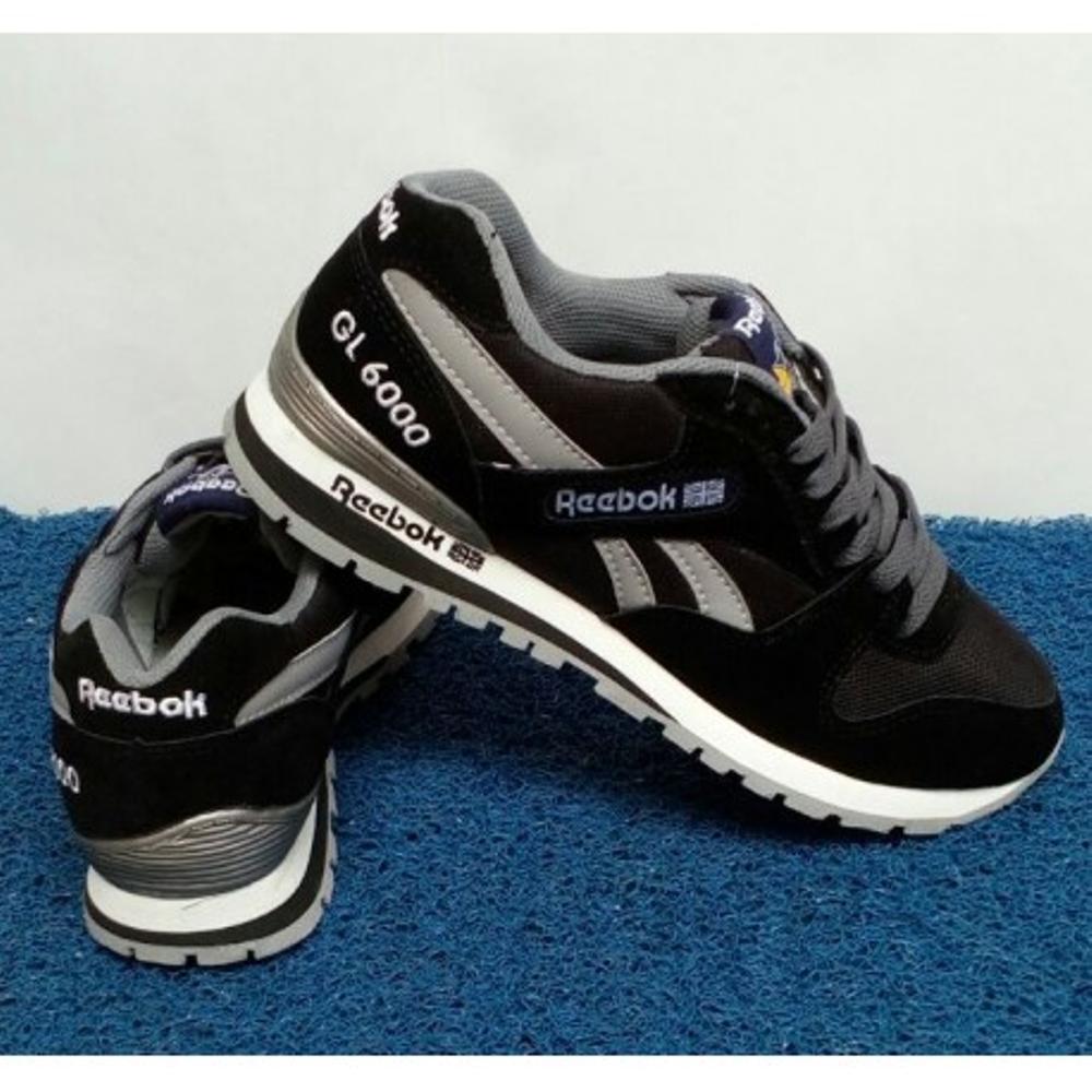 Promo Sepatu Sport Pria Reebok Import High Quality (Sepatu Hitam 7ca107c6c1