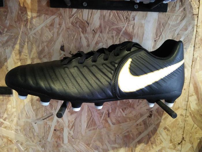 Sepatu bola nike original Tiempo Rio 4 FG black white new 2017