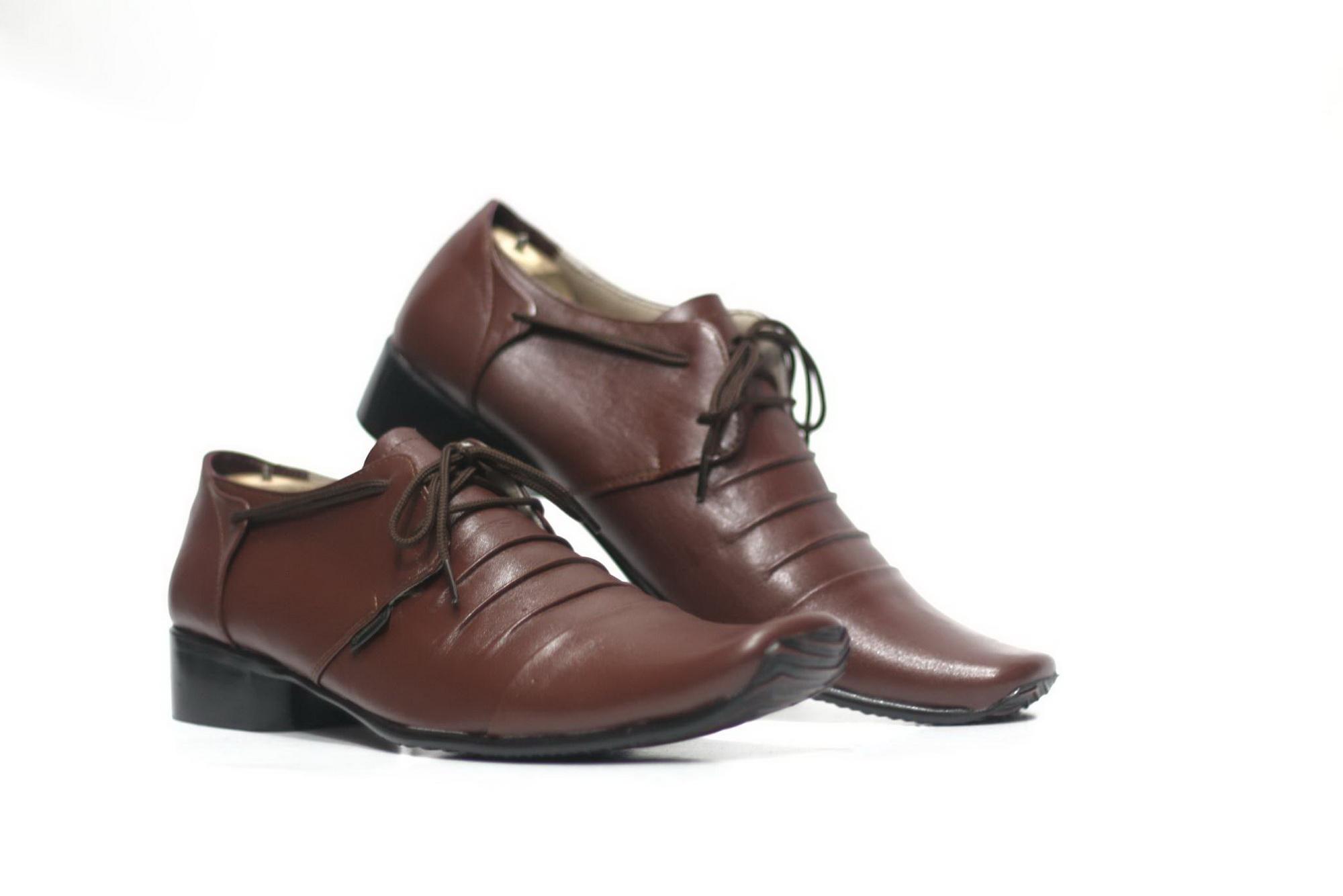Sepatu Pantopel Kulit Asli Formal Cevany Pantofel Badami Pria Rempel Tali Kerja Kantoran Slop Casual Free Kaos