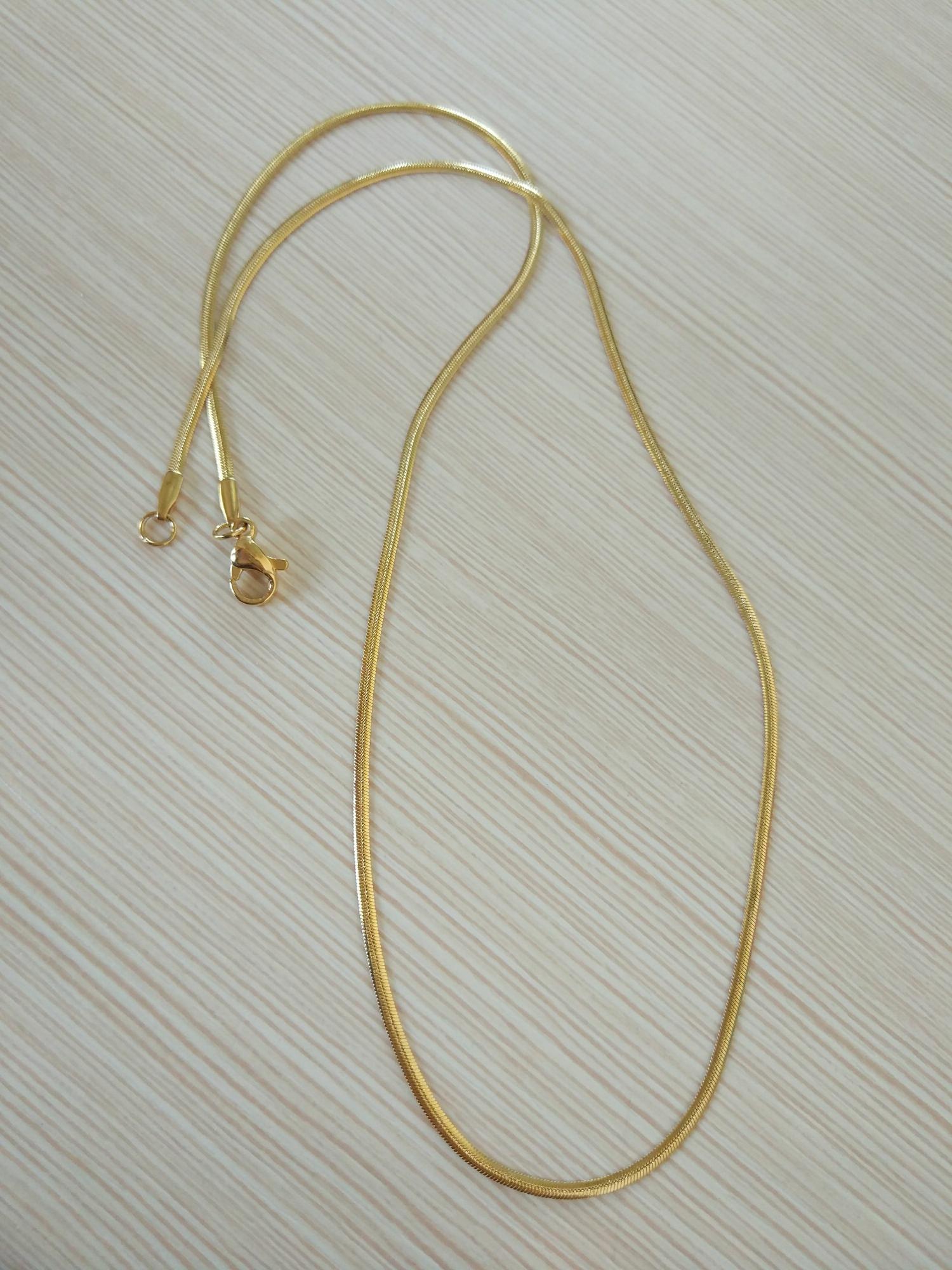 Kalung titanium import / kalung tipis dan elegant / kalung pria / wanita