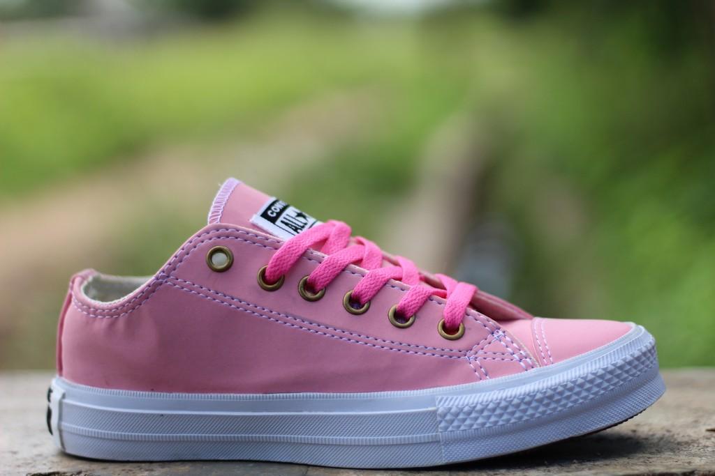 Sepatu sneakers converse allstar pink sepatu converse allstar sepatu kets sepatu  wanita 108b500efe