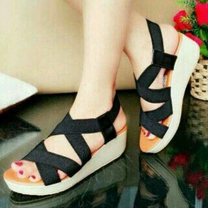 Sandal Wanita - Wedges Tali Karet GSW05 - Hitam, 40 - sepatu wanita terbaru / sepatu wanita termurah / sepatu wanita berkualitas / sepatu wanita trendy / sepatu hells / sepatu kets / sepatu pesta / sepatu kantor /sepatu sekolah / sepatu wedges / sepatu