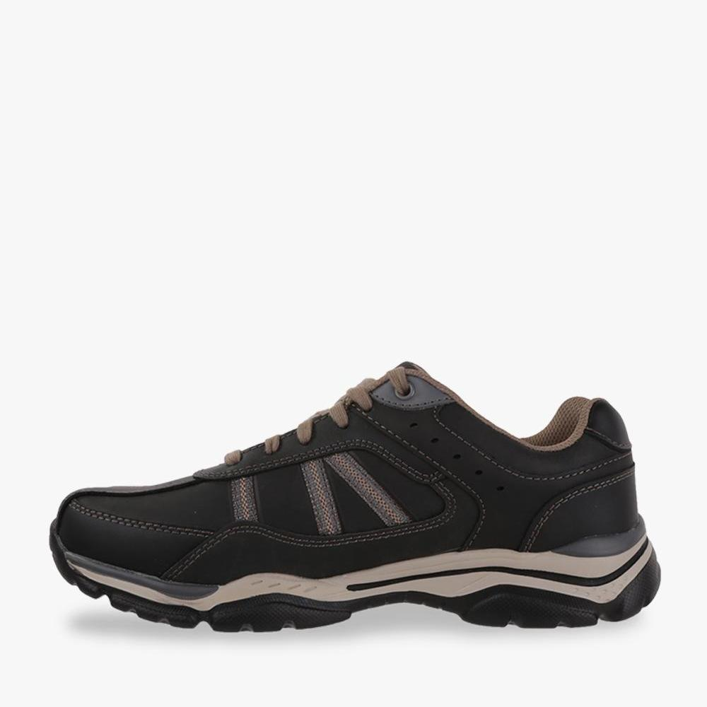 Detail Gambar Skecher Relaxed Fit  Rovato - Texon Men s Leisure Shoes - Hitam  Terbaru c6395be8ca