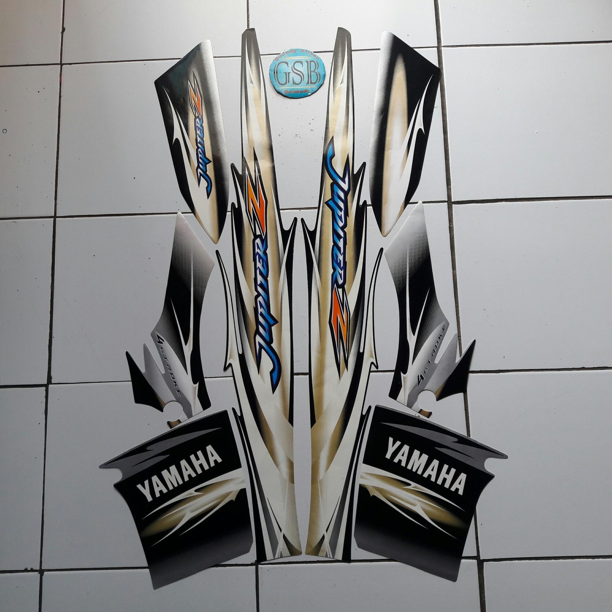 Stiker Striping Motor Yamaha Jupiter z std 2007 silver-hitam-gold