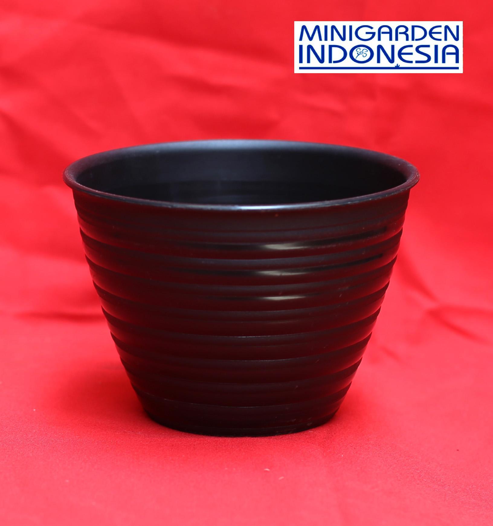 Pot Bunga Tawon Diameter 15 cm Warna Pot tanaman Bunga Plastik semai benih