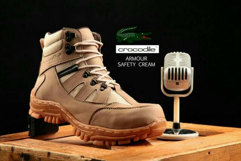 Sepatu Caterpillar Boots Safety Kulit Asli Pria Sepatu Kerja Outdoor Proyek Murah