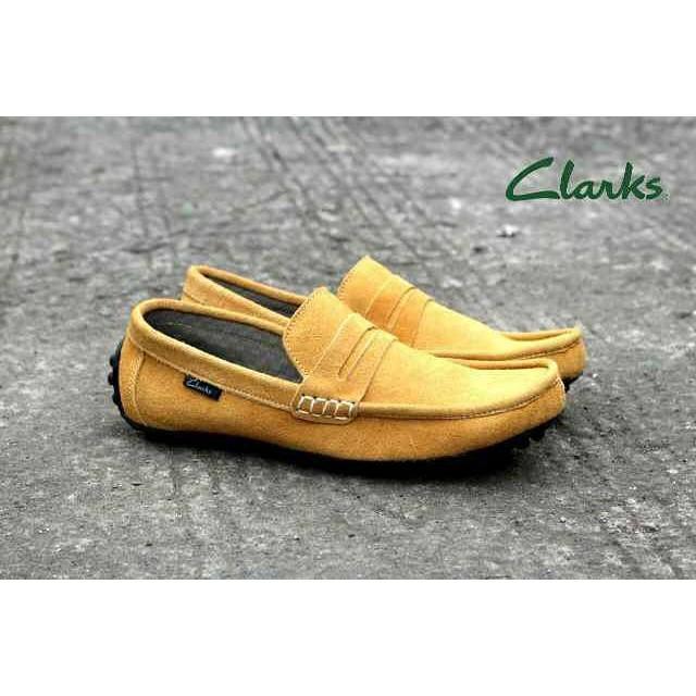 Sepatu Slip On Casual Formal. Pria Moccasin Clarks GF2