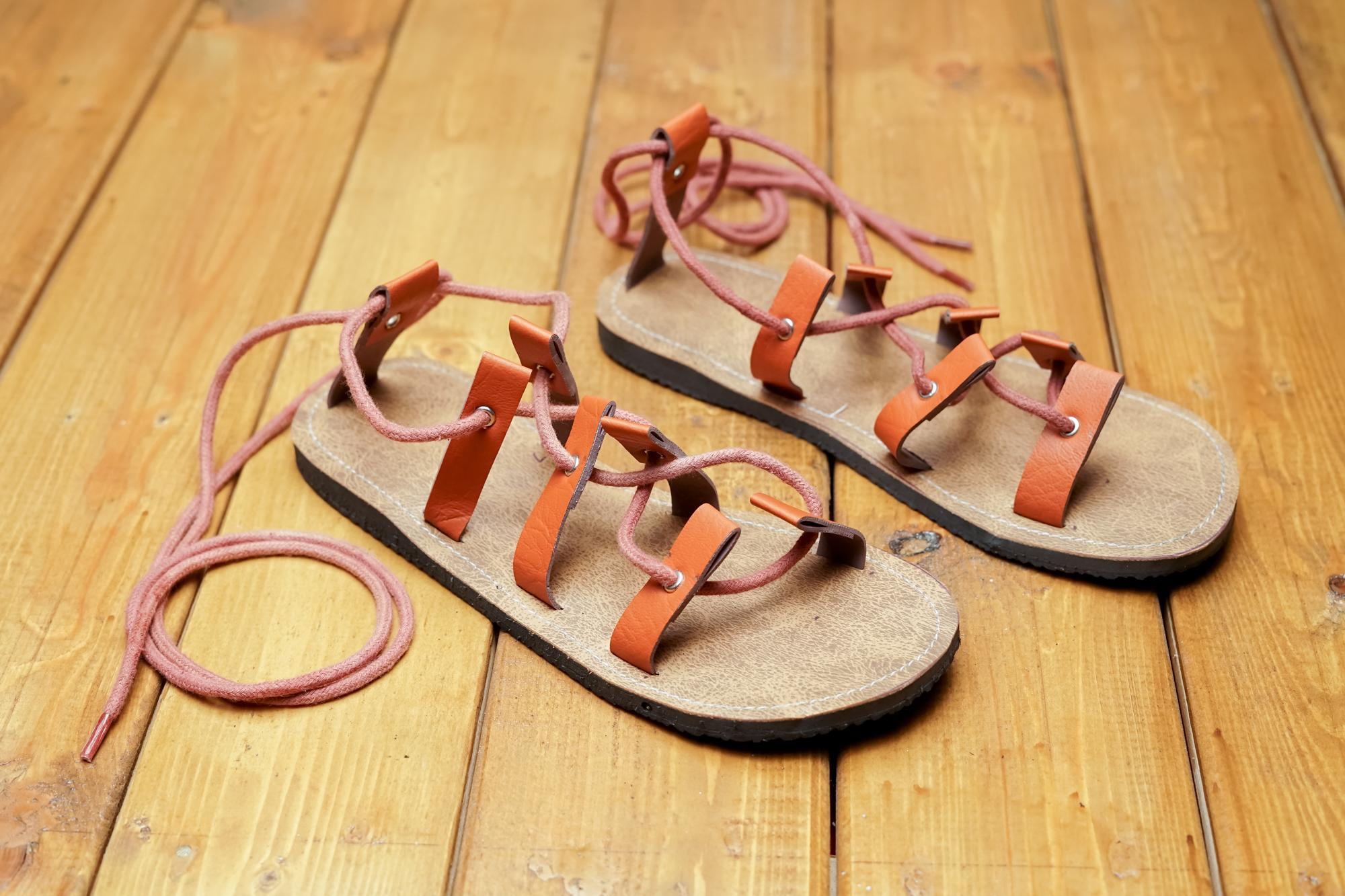 lupita shop sepatu sandal flat tali / sepatu sandal wanita murah / sepatu sendal etnik / sandal slop wanita / sandal pesta wanita