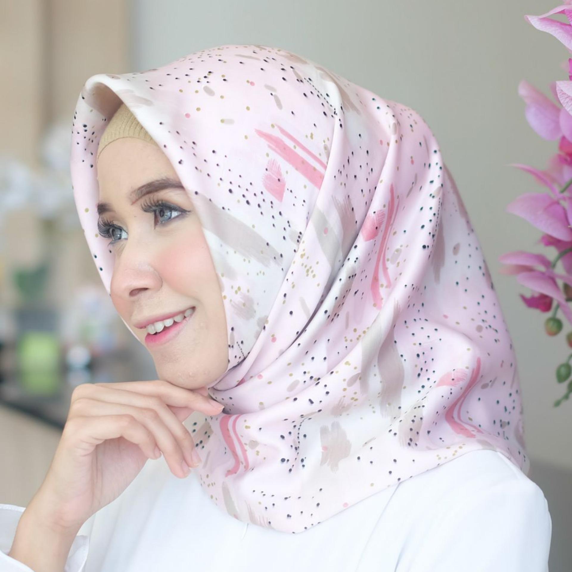 Nimas Hijab - Velvet Silk - Khanza / Jilbab - Kerudung Segi Empat