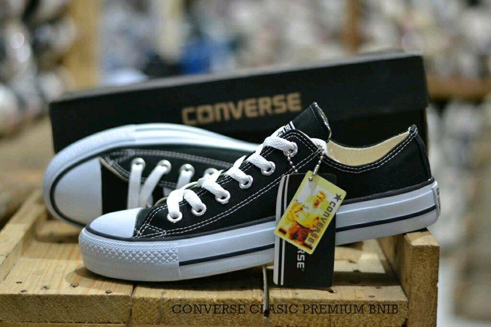 Promo Sepatu Converse Allstars classic low premium BNIB Diskon