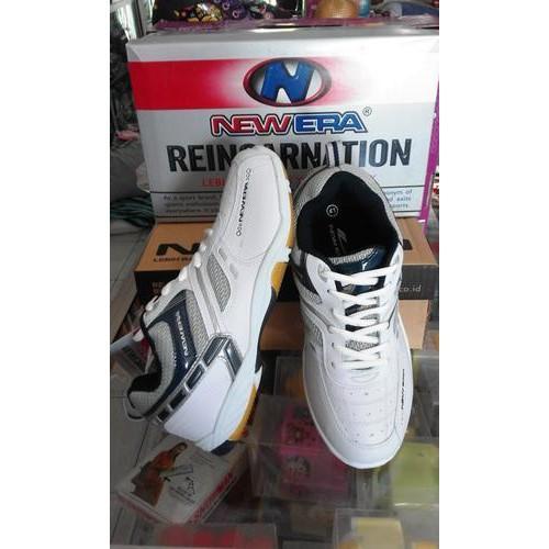 Promo Sepatu Sport New Era Badminton 2 White/Navy Gratis Ongkir