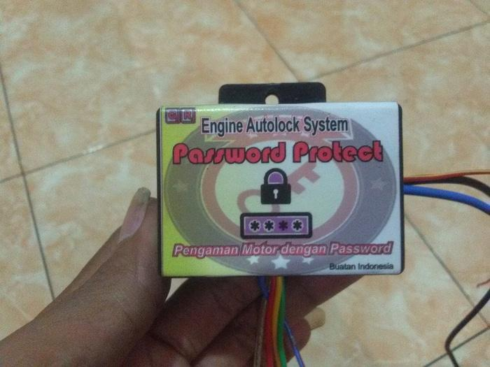 PENGAMAN MOTOR ANTI MALING SENSOR SENTUH PASSWORD - vUi1k1