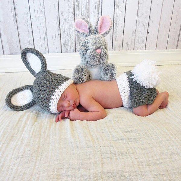 Kostum rajut foto bayi - Bunny Gray