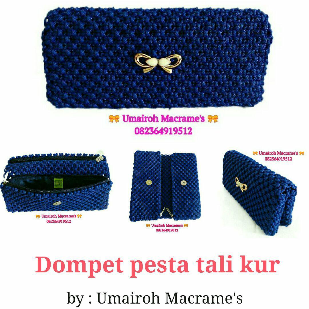 Dompet pesta- tali kur - biru elektrik - dua kantong resleting - kancing magnet - furing kain satin dan busa hati - dompet wanita