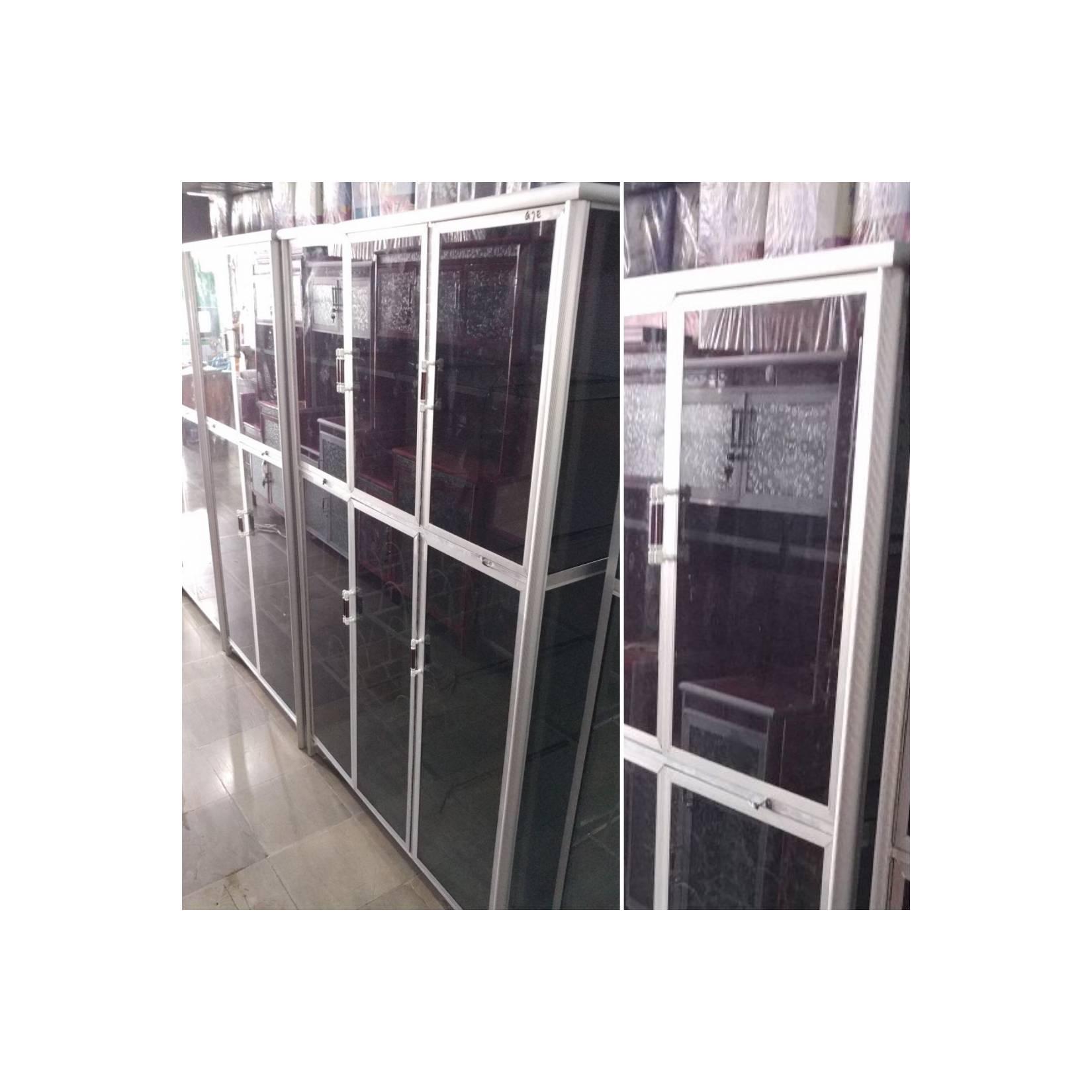 Lemari Dapur Rak Piring Box Kaca 3 Tiga Pintu Alumunium Full Kaca
