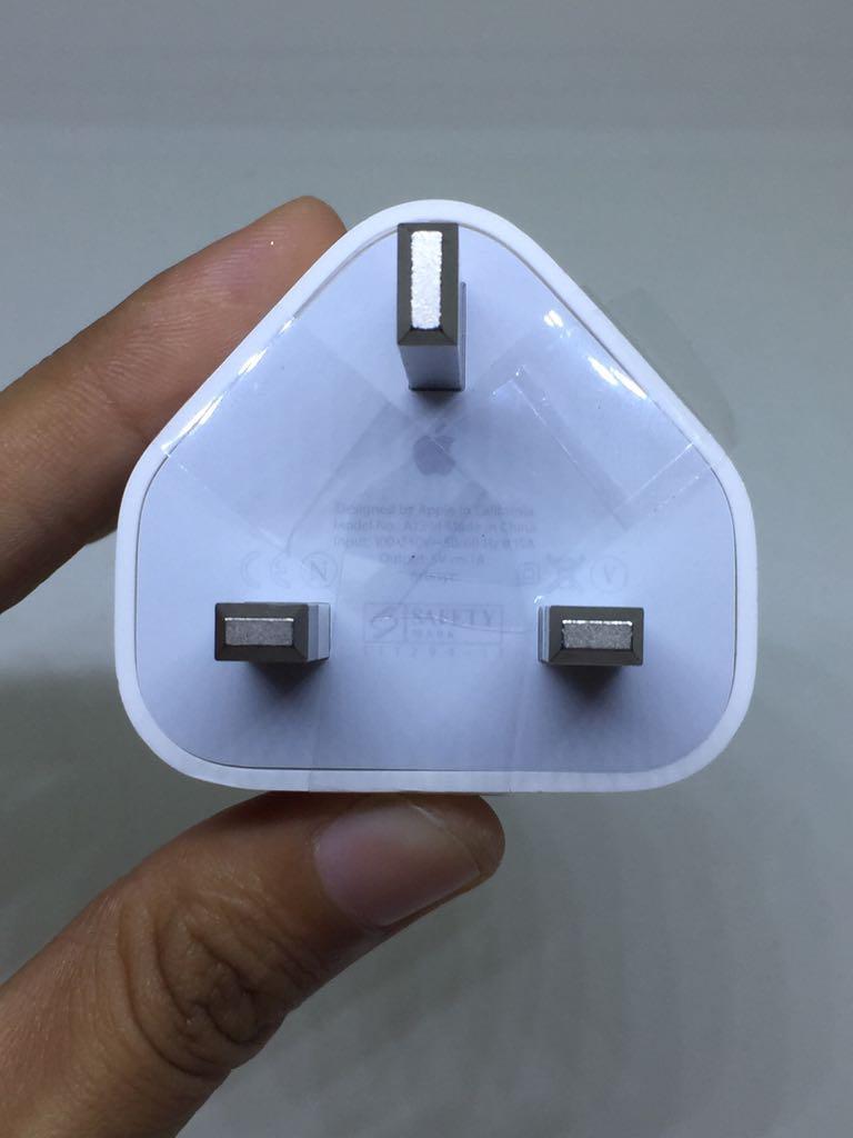 Batok Charger For iPhone 4 Kepala Only Kualitas Original ORI - Bisa Untuk iPhone 4 4s / iPhone 5 5c 5s / iPhone 6 / iPhone 6s / iPhone 6+ 6s+ / iPhone 7 7+ / iPhone 8 / iPhone X