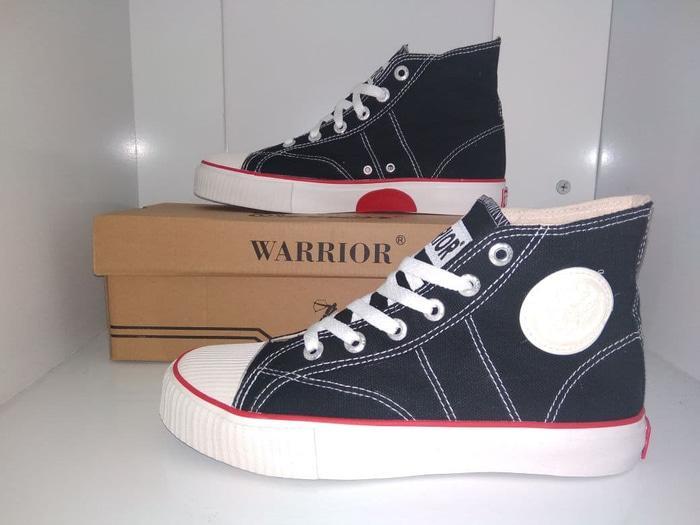sepatu sekolah warior classic