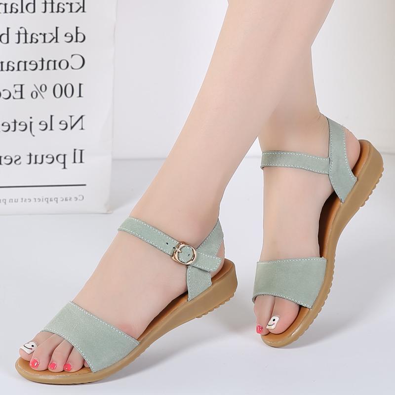 6e6cb0babcac Sandals women Summer New Style Versatile Schick Slanted Heel Thick Bottomed  Semi-high Heeled Summer