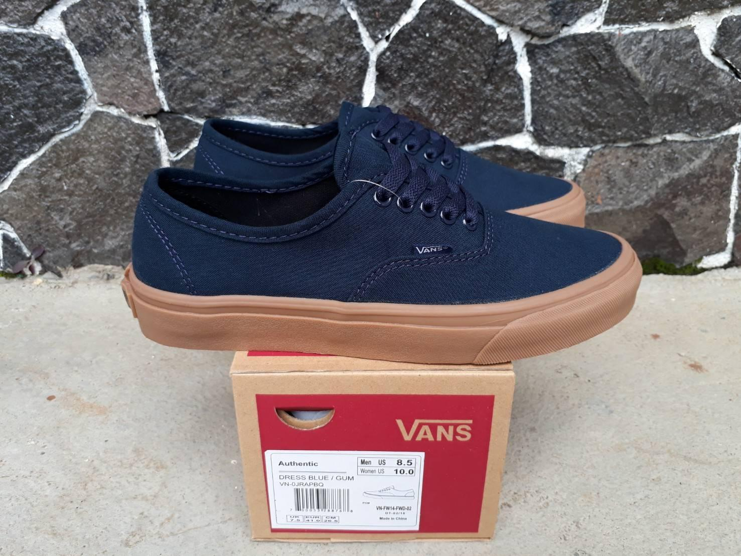 sepatu sneakers vns authentic dark blue wafle dt