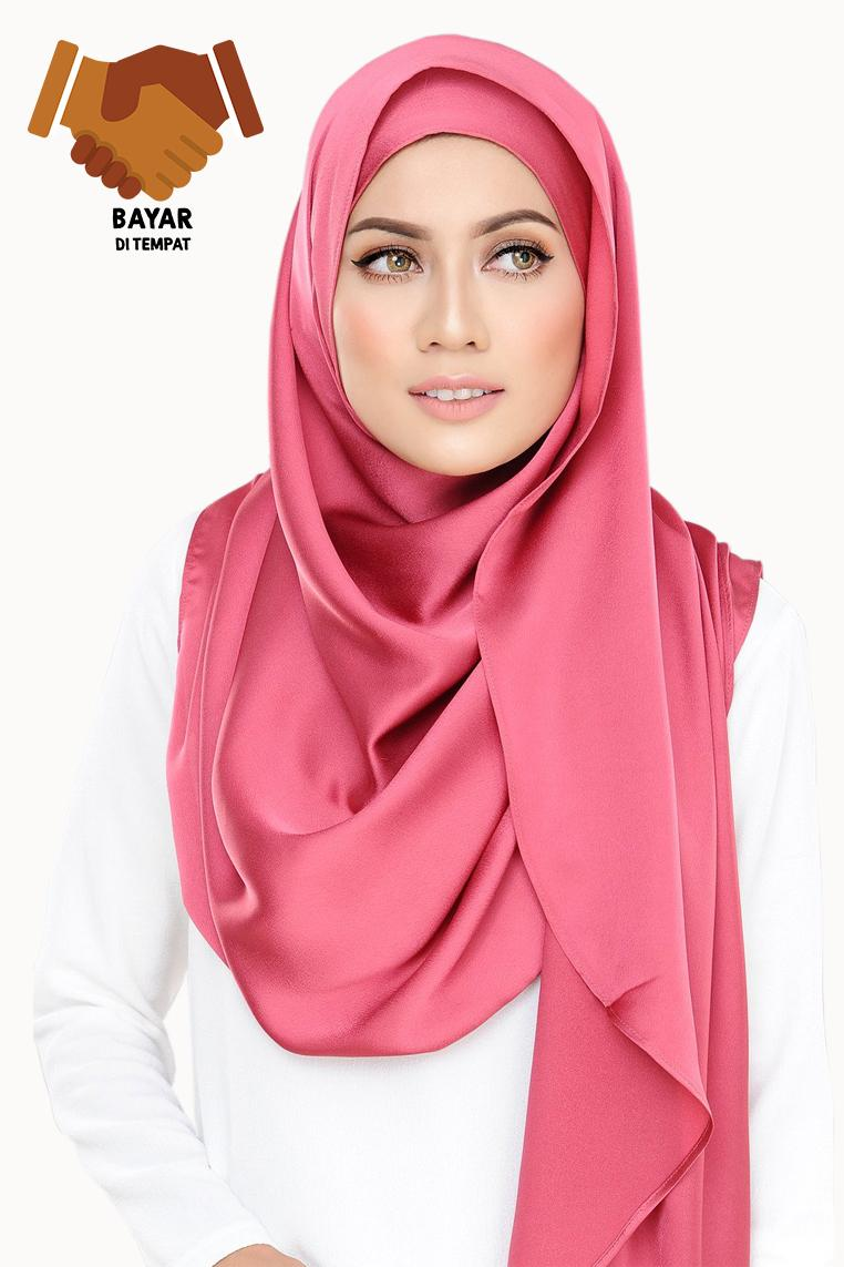 Cotton Bee Hijab - Segiempat - Satin Premium - Raspberry