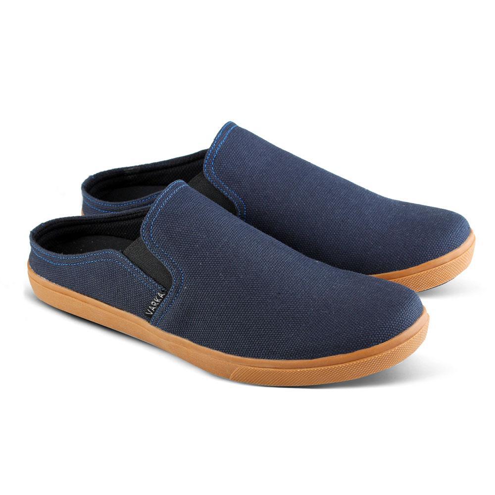 harga Sepatu SlipOn 020 Sepatu Kasual Pria bisa untuk jalan santai sekolah kuliah kerja Lazada.co.id