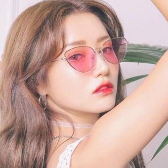 Harga preferensial Color Tinted Fashion Cat Eye Sunglasses - Kacamata Fashion Wanita beli sekarang - Hanya Rp58.890