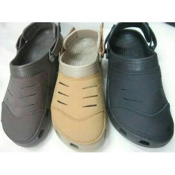 Sandal Sepatu Crocs Yukon Leather - Dlyqmr