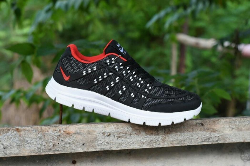 c91cde02a60748fc1a6e1c3d1c7597fc Koleksi Harga Sepatu Nike Model Terbaru 2018 Terlaris bulan ini