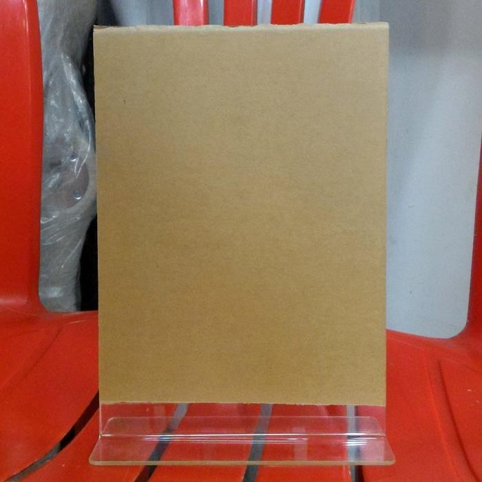 Papan Akrilik / Acrylic untuk Pajang Brosur / Pengumuman , Ukuran A5 - sSvx7K