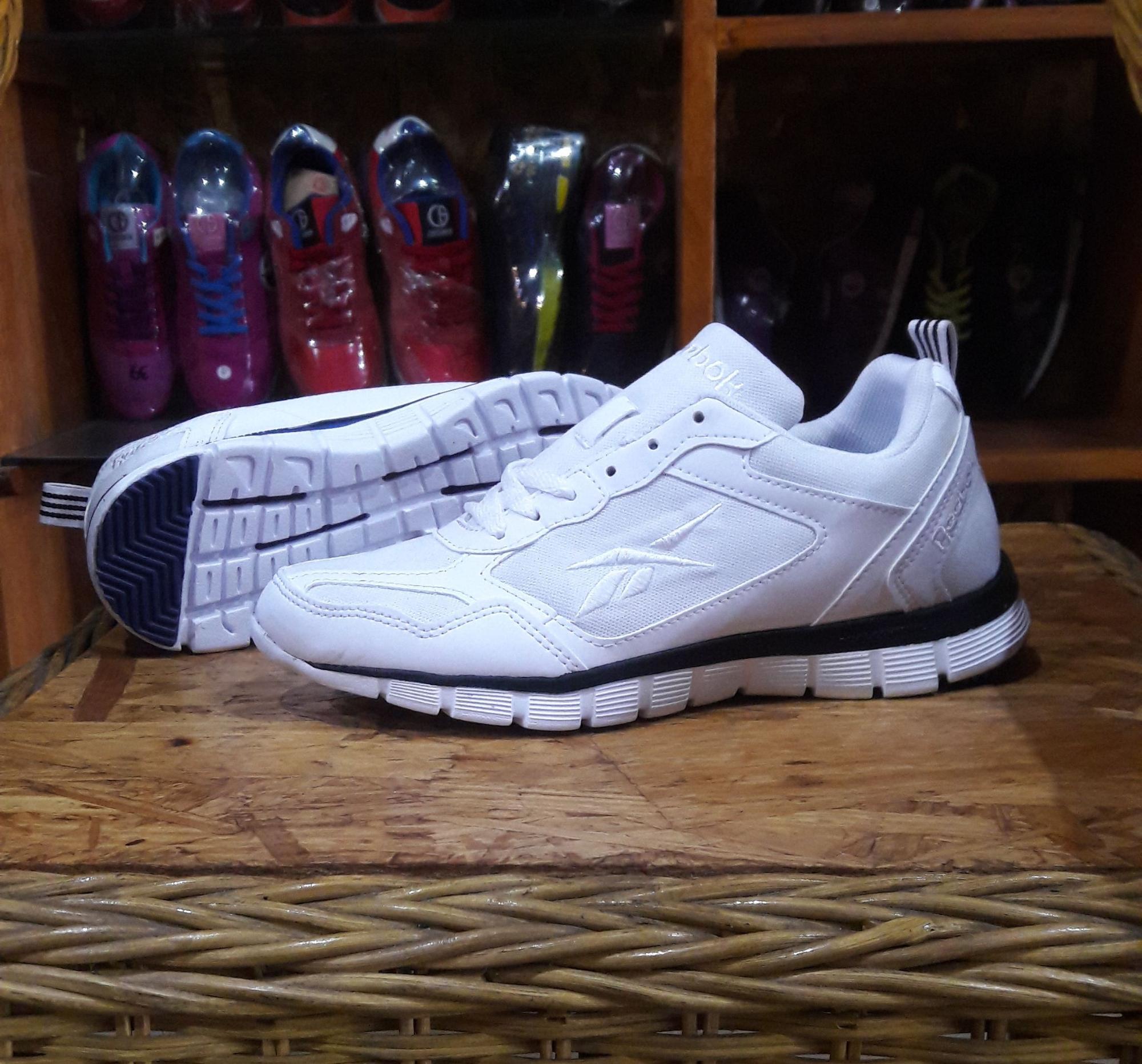 Sepatu zumba.sepatu gym.sepatu senam.sepatu fitnez wanita.sepatu wanita.sepatu sport